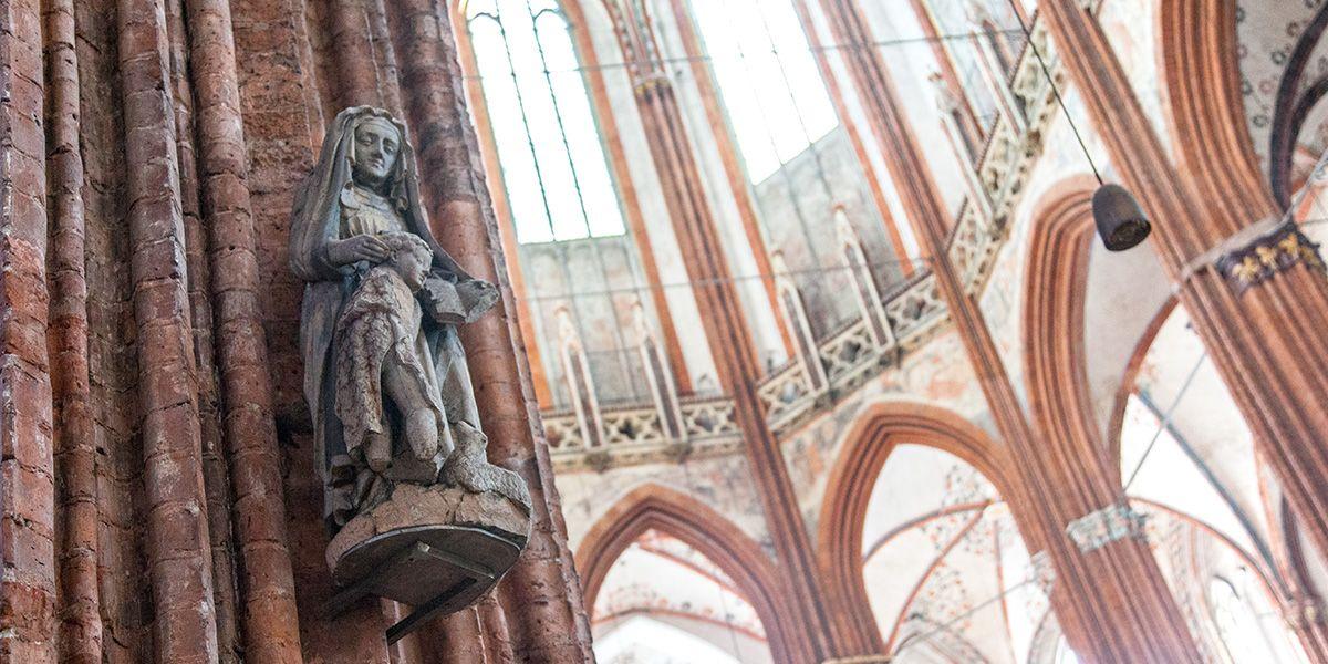 """Gotische Kathedralen waren die Vorbilder dieser """"Pfarrkirche"""" in Lübeck."""