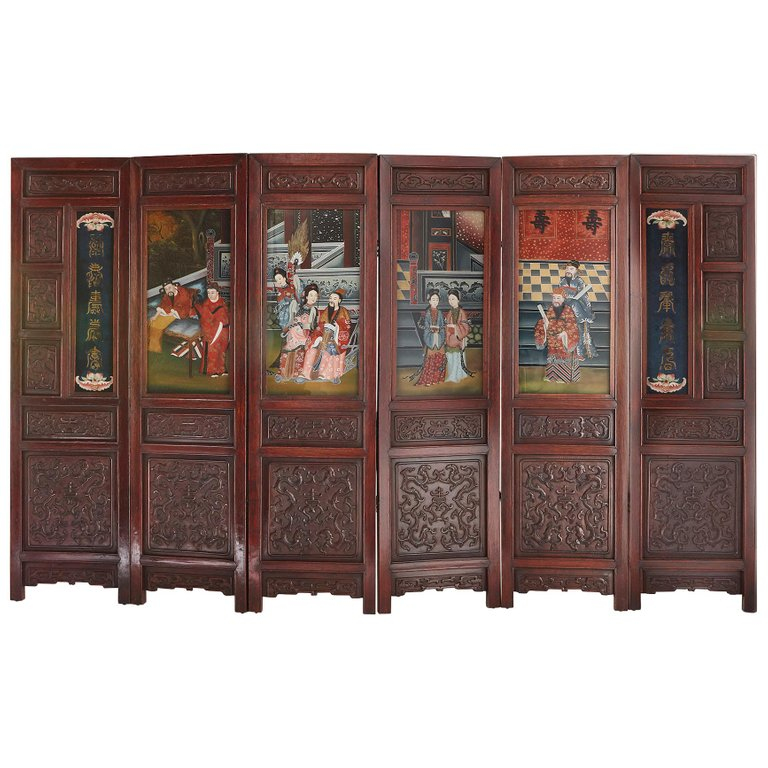 Chinese Wooden Screen With Reverse Glass Painted Panels In 2020 Art Furniture Wooden Screen Stained Glass Art
