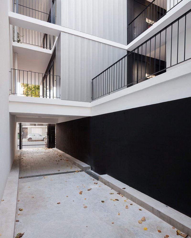 Galería de Edificio ZLA / Estudio BaBO - 1