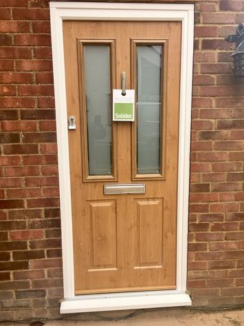 Irish Oak Ludlow 2 Solidor with Victorian glass and Heritage Slam ...
