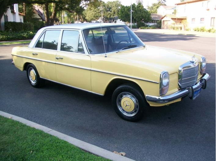 Diesel never looked so good 1972 mercedes benz 220d for Mercedes benz insurance