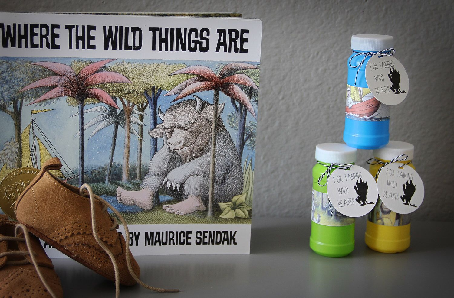 6 Where the Wild Things Are, Bubble Favors by SugarButterLover on Etsy https://www.etsy.com/listing/466885777/6-where-the-wild-things-are-bubble