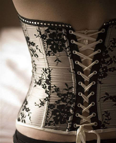 Black Embroidery Goth Underbust Waist Training Corset Bustier Top Girl Lady Gift
