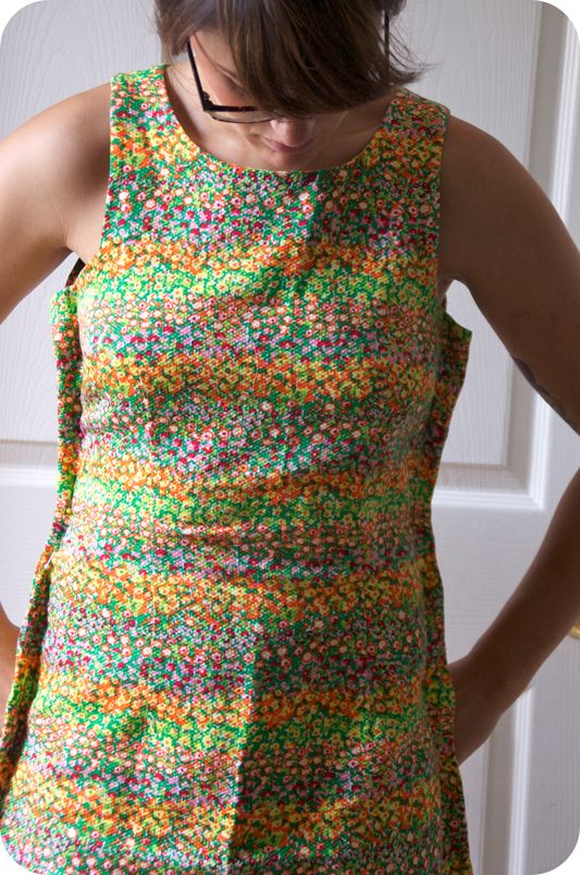 how to alter a dress. This is a very good tutorial. Now I can save my new clothes, and not mail them to my sister. ;)