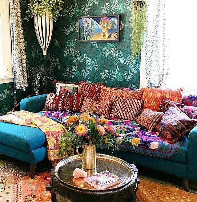 Pouquinho De Cor Que A Vida Precisa Bohemian Living Rooms Bohemian Living Room Boho Living Room