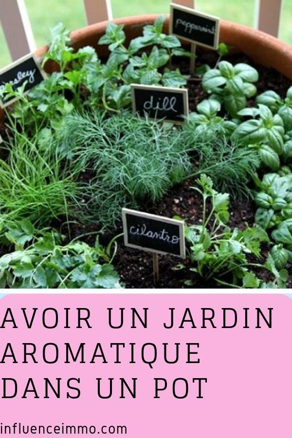 2 Idees A Suivre Pour Avoir Un Jardin Aromatique Parfait Dans Un Pot Jardin Aromatique Jardin D Herbes Aromatiques Jardin D Herbes