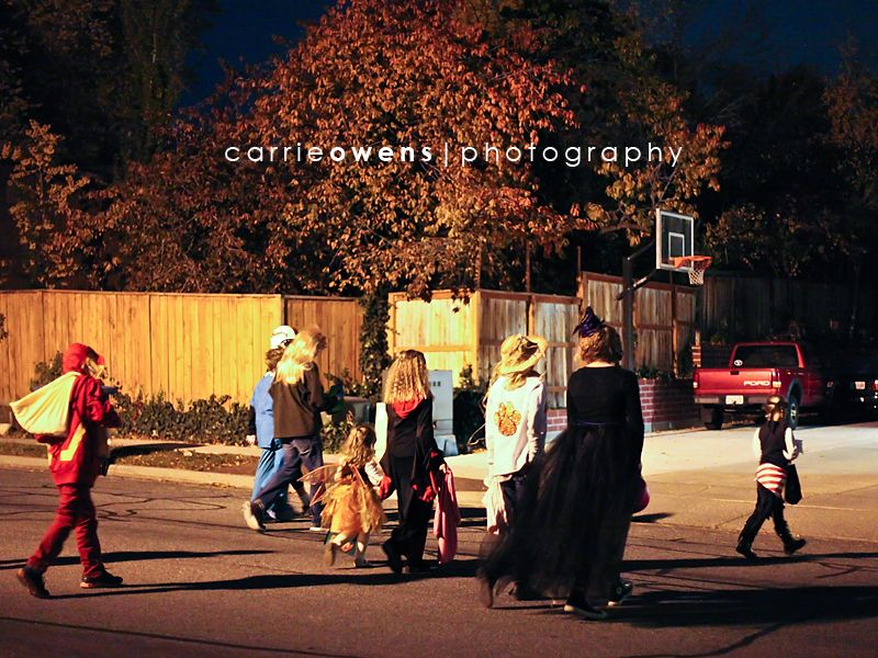 salt lake city utah photographer halloween big group of trick or treaters