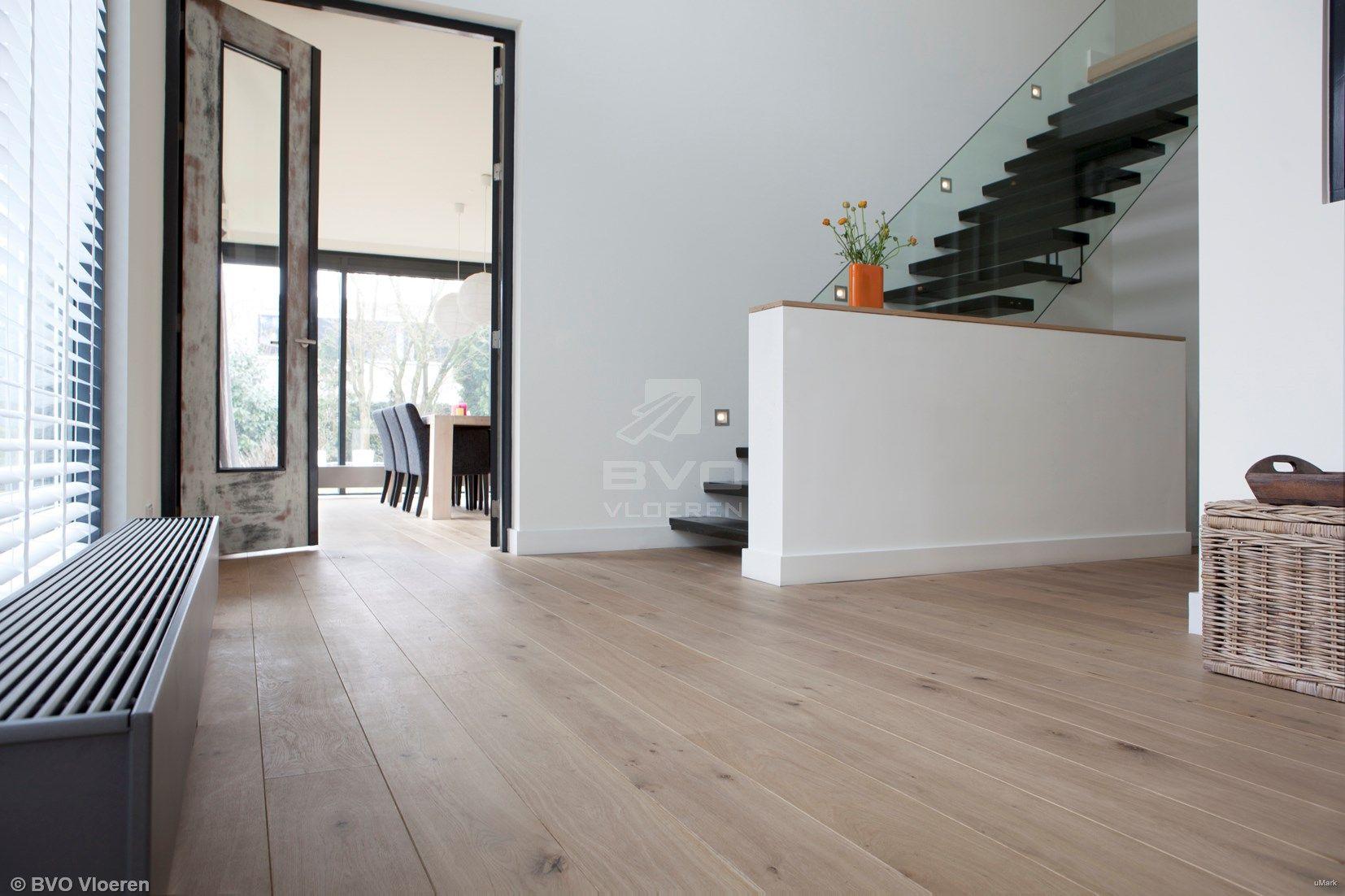 Frans eiken parket houten vloer met naturel uitstraling