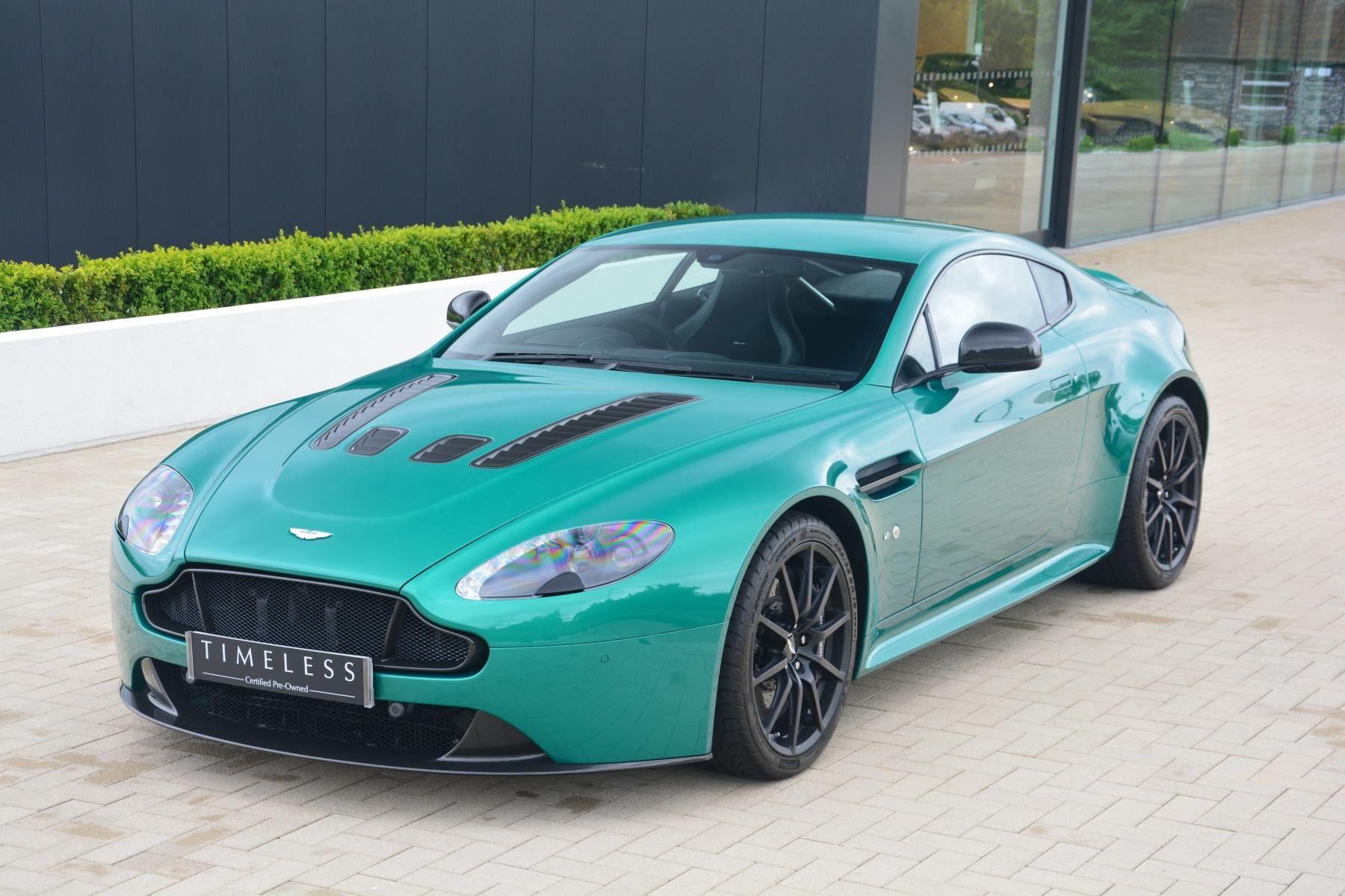 Aston Martin V12 Vantage S Viridian Green Aston Martin Sportwagen Traumauto
