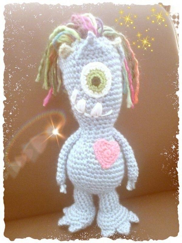 Alien , Einäugiger Alien | Häkeln- Meine Werke :-) | Pinterest ...