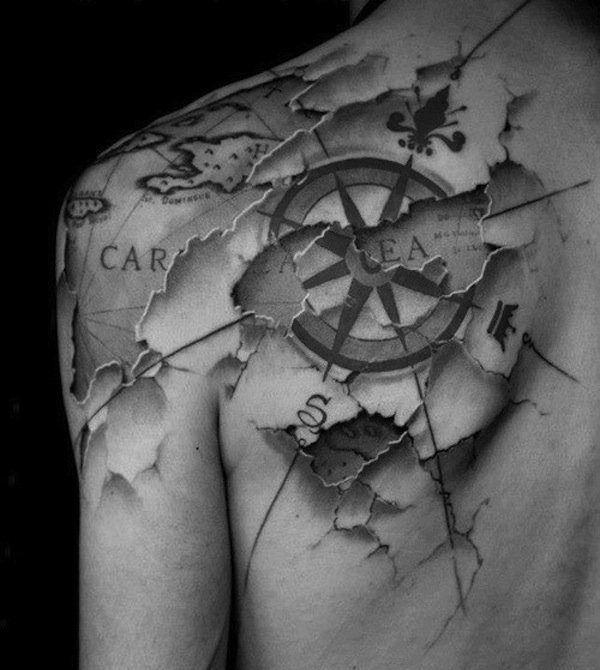 Tattoo Mit Kompass Am Rucken Coole Idee Kompass Tattoos