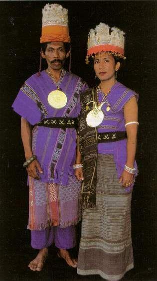 Gambar Baju Adat Maluku