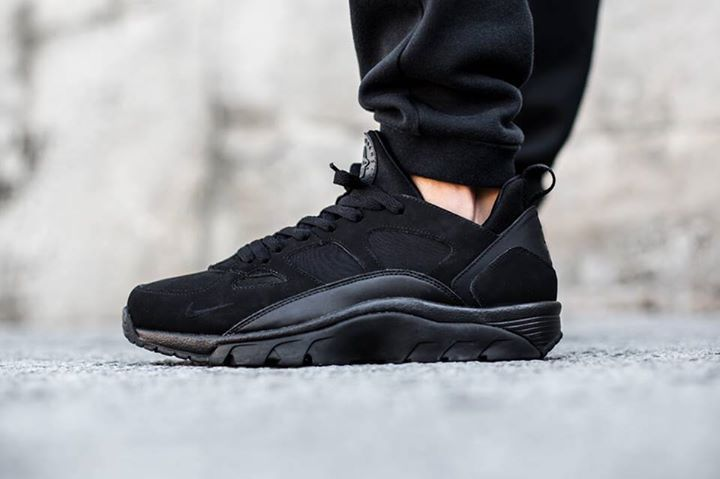 Nike Air Trainer Huarache Low Black