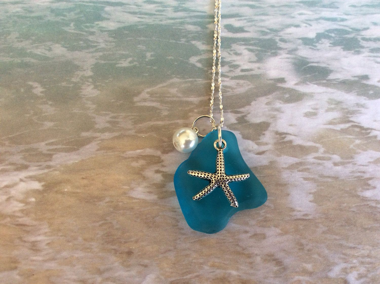 beach products lily ball nily pendant