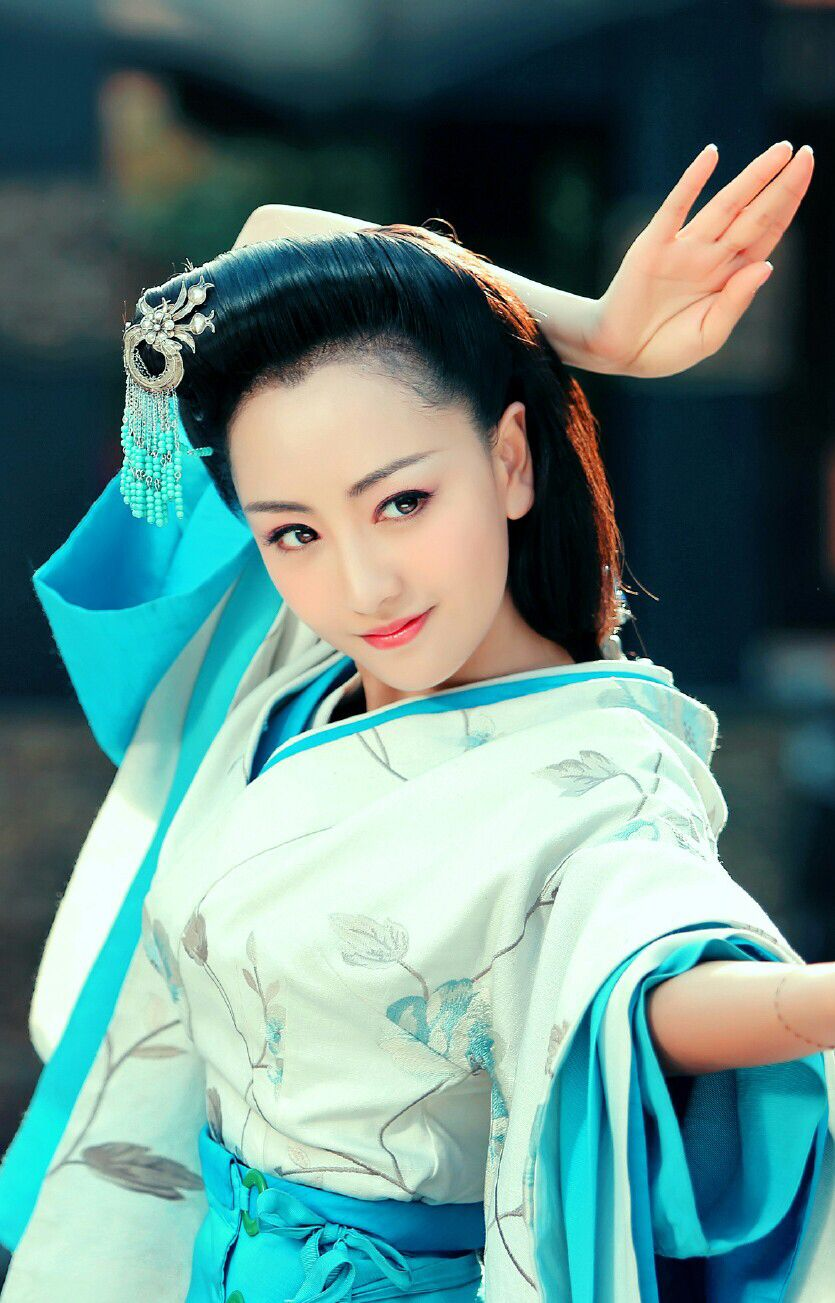 杨蓉Yang Rong Chinese beauty, Dress culture