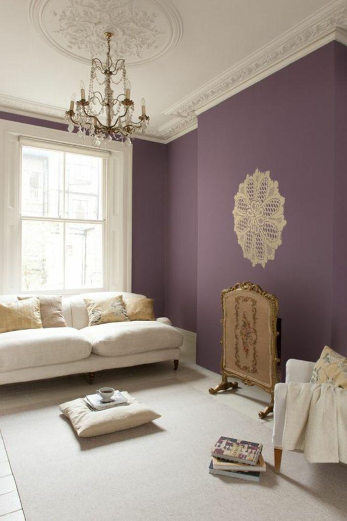 nice Déco Salon - fauteuil blanc, couleur prune pour les murs dans ...