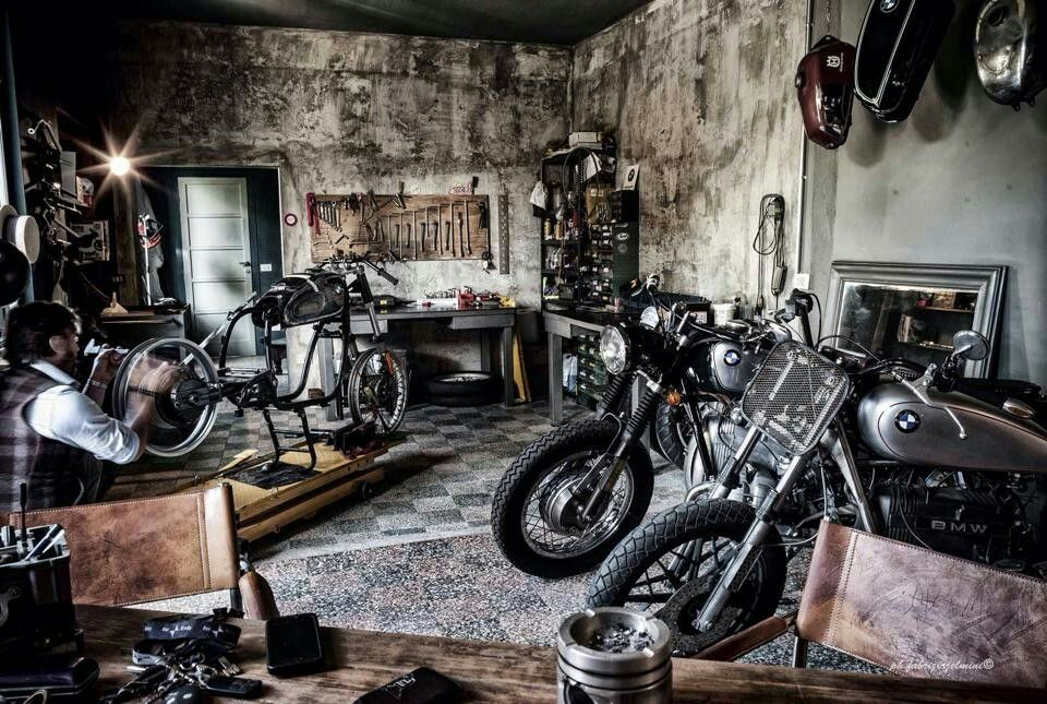 pin by jer on bikes pinterest motorcycle garage garage plans and men cave. Black Bedroom Furniture Sets. Home Design Ideas