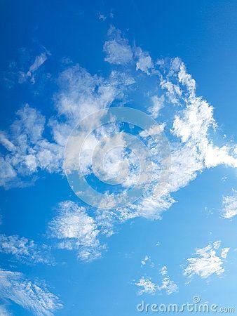 El Cielo Azul Y Las Nubes Hermosos Cielo Azul Nubes Uñas Azules