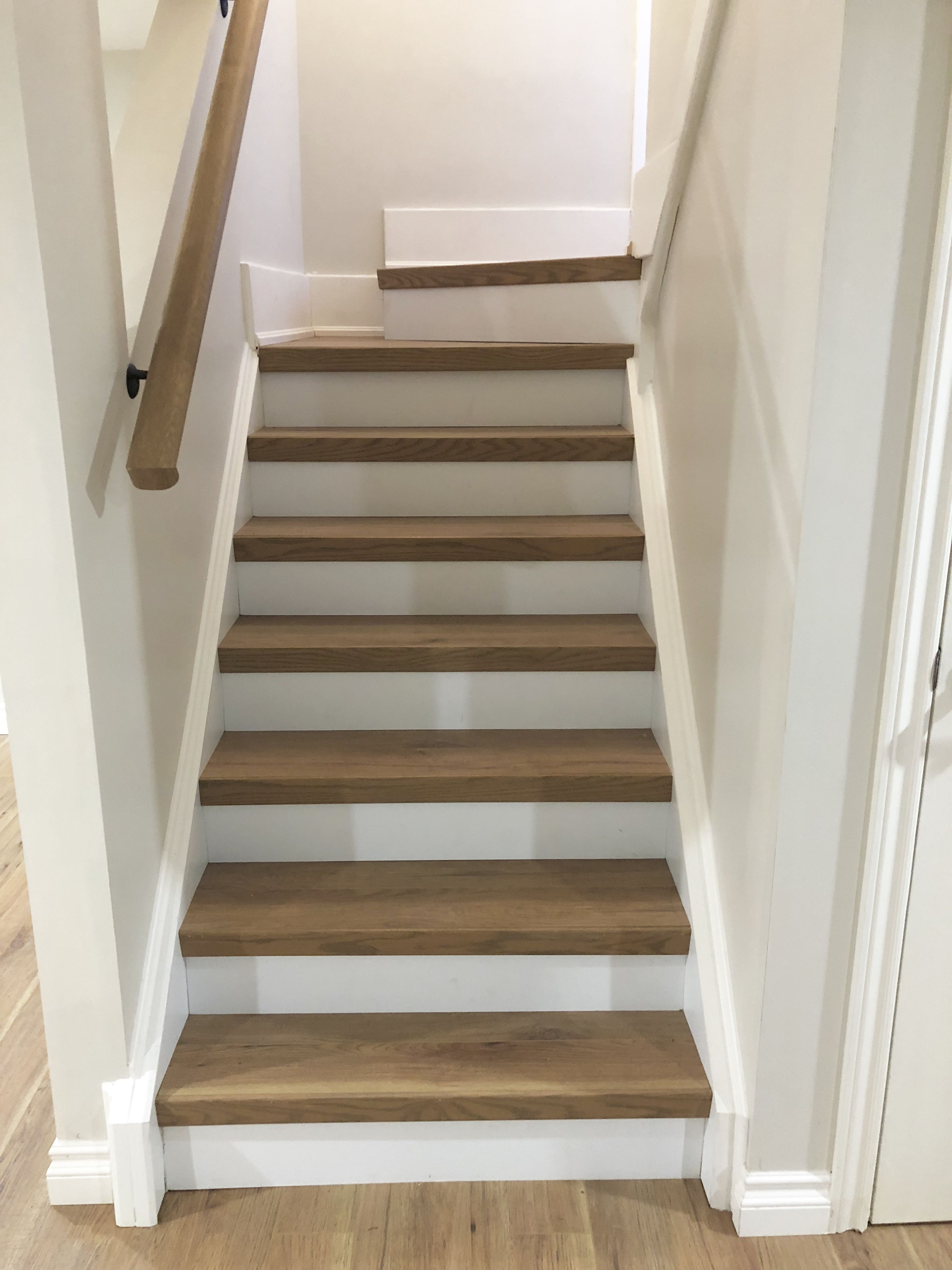 Choose the Right Basement Flooring Laminate stairs