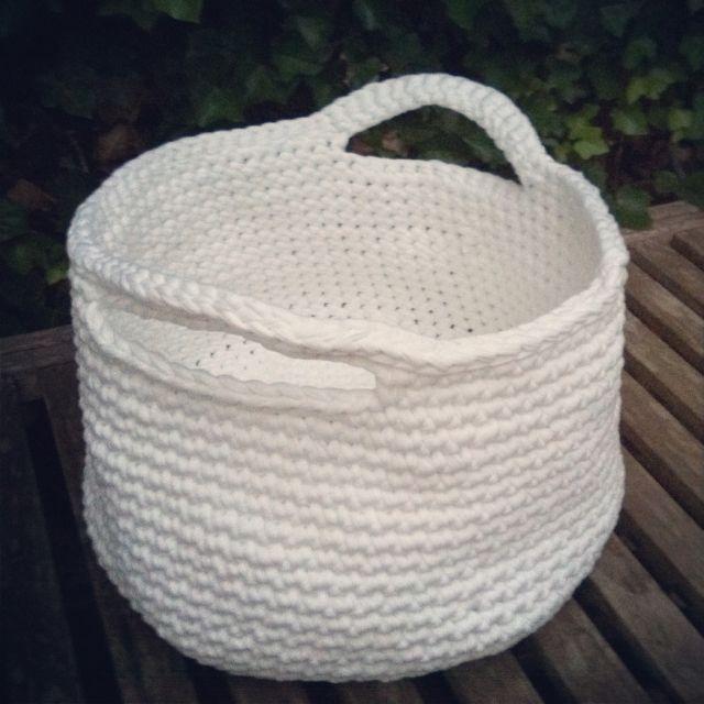 Hoooked Zpagetti Basket Tshirt Fabric Yarn Projects Pinterest