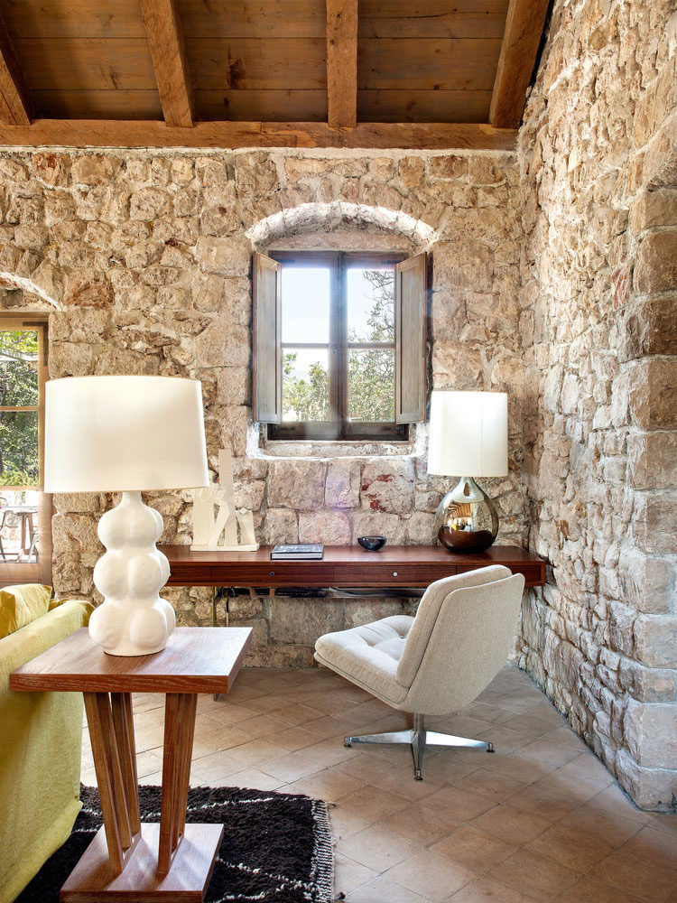 Stone House Of The 15th Century With Sea Views In Dubrovnik Photos Ideas Design Interior Design Stone House Old Stone Houses