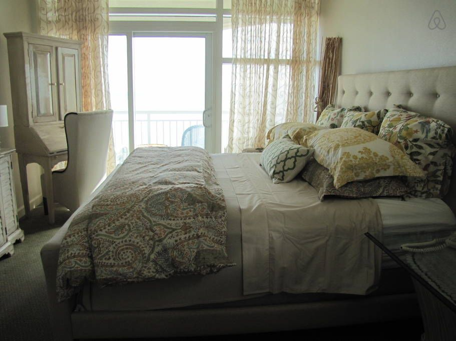 Check Out This Awesome Listing On Airbnb Ocean Front 2 Bedroom Condo In Myrtle Beach Bedroom Inspirations Home Home Decor