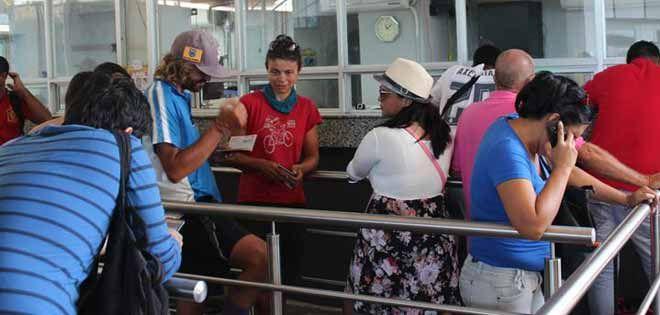 Venezolanos varados en frontera de Panamá agotan sus recursos