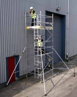 Alloy - Full Width 1.45m x 2.5m Towers. If space is limited this access tower is great for stairwells, alleys and other narrow spaces.  #alloy #towers #access #accesssystems #alloytower #smallspaces #stairwells #platform #workingplatform #scaffolding #toolhire #equipmenthire