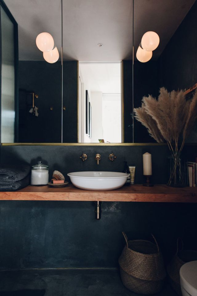 Bathroom of the Week: A Moody Tadelakt Bath in London