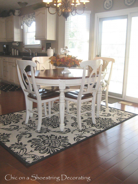 Rug Under Kitchen Table Size In 2020 Rug Under Kitchen Table