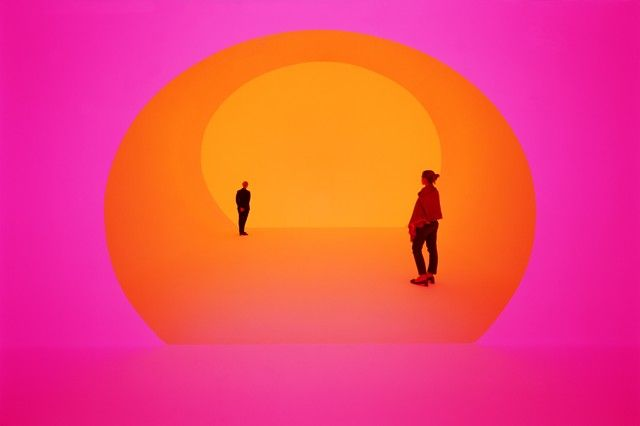 What Happens in This James Turrell Installation Stays in This James Turrell Installation #lightartinstallation