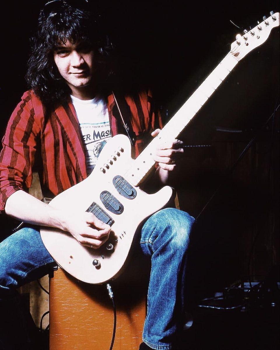 Pin By Jes Tart On Just Say Eighty In 2020 Van Halen Just Beautiful Men Eddie Van Halen