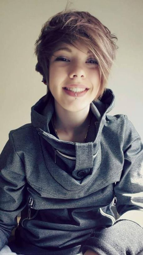 Be Androgynous Be Cool Androgynous Women Pinterest Androgynous Tomboy And Haircuts