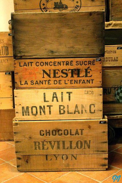 caisse en bois ancienne chocolat cageots pinterest bois ancien caisses en bois et caisse. Black Bedroom Furniture Sets. Home Design Ideas