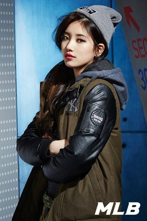 Casual sports brand 'MLB' released a new photo shoot featuring their pretty model, Suzy, for the 201