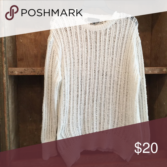 White sweater Lightweight white sweater. Perfect for summer! Karen Kane Sweaters Crew & Scoop Necks