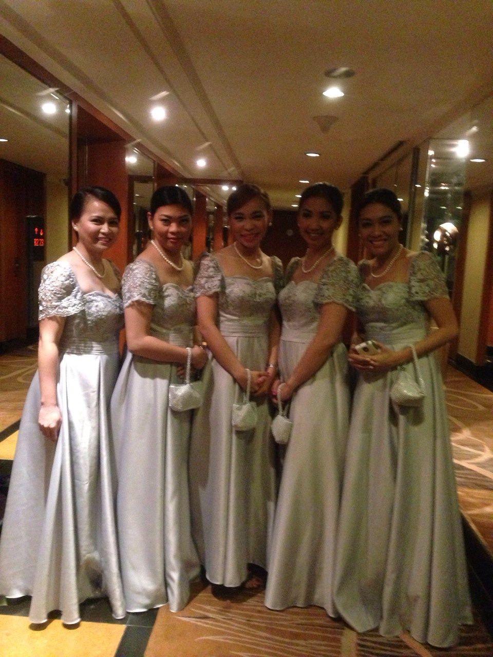 Modern dress des moines - Bridesmaids In Modern Filipiniana Dresses