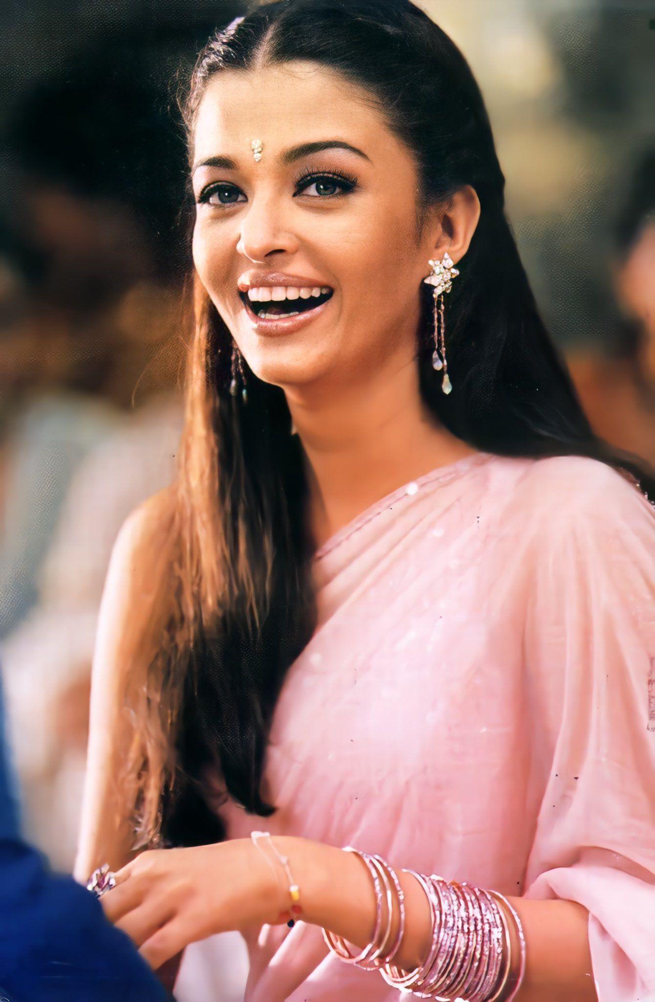 Pin by Mr_genius_world on BollywOod   Actress priyanka