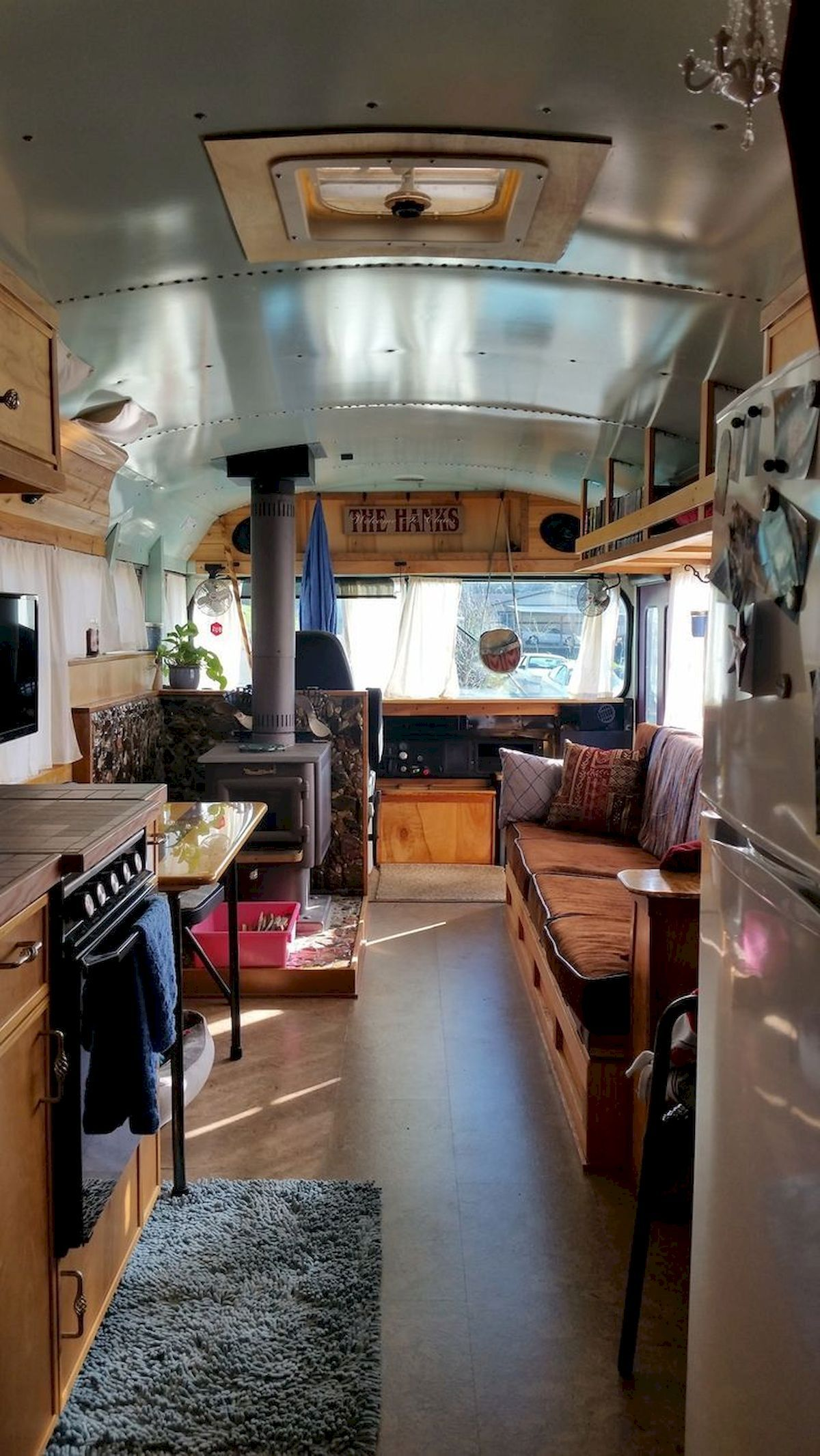 10 Awesome Bus Campers Interior Ideas - Yellowraises  School bus