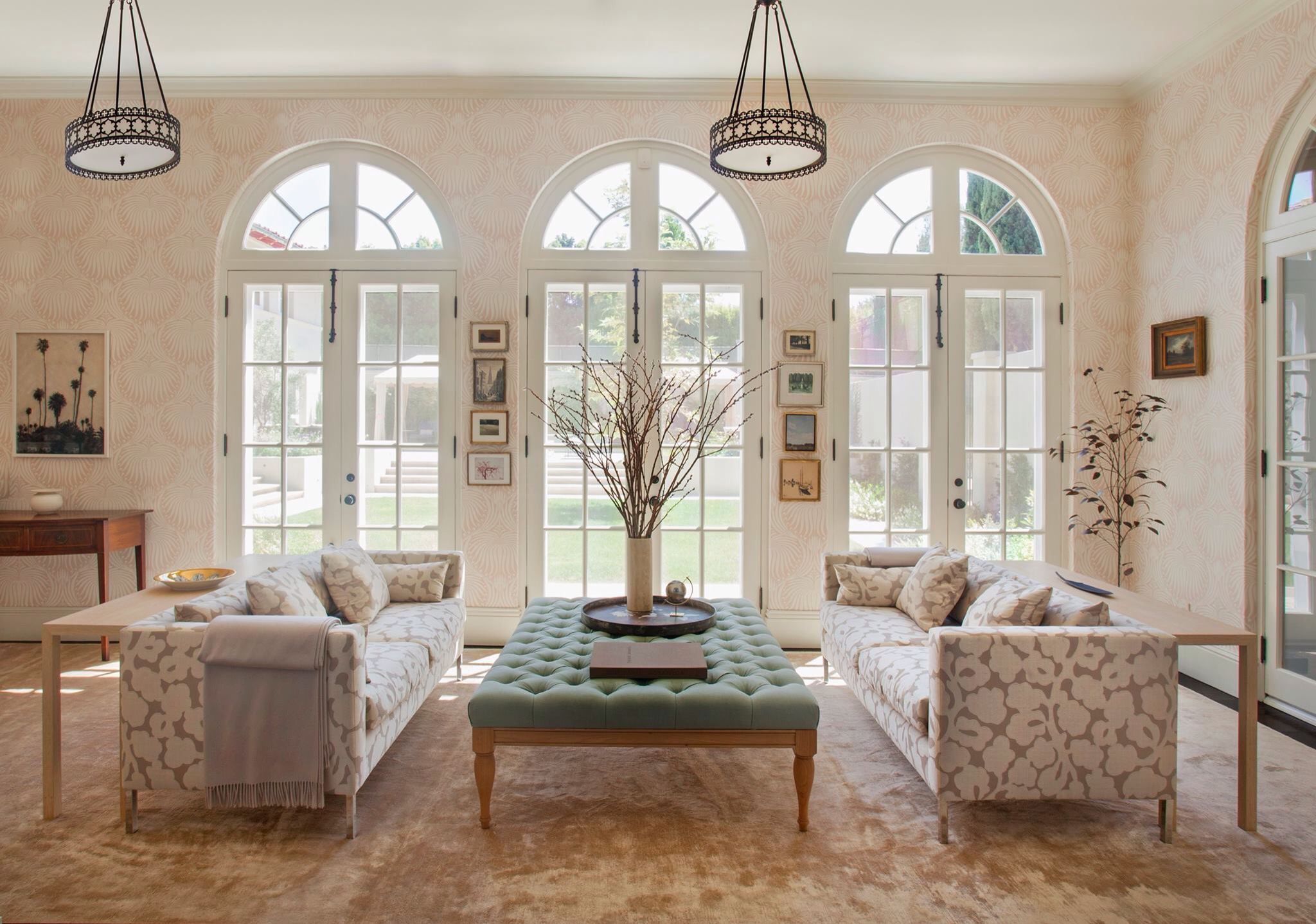 Living room design by Louise Voyazis Photo