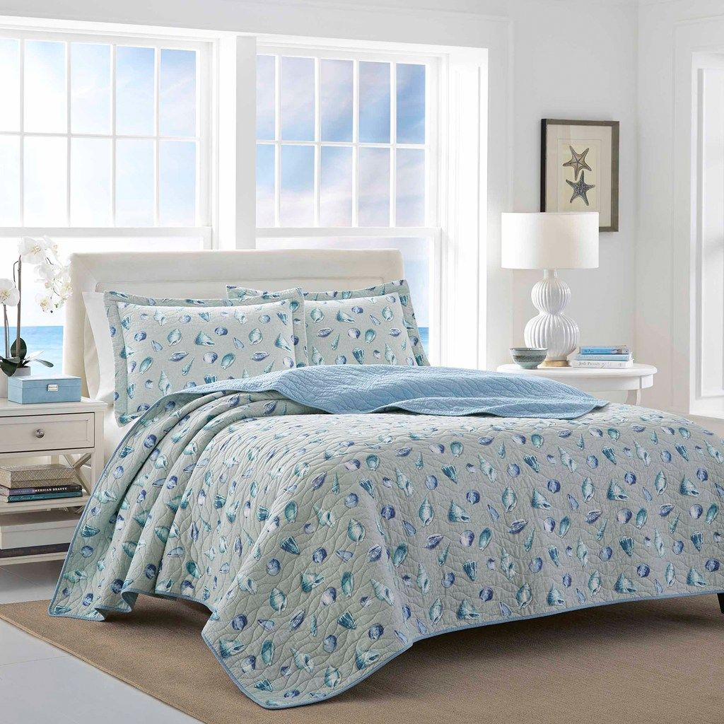 laura ashley cockatoo bay aqua quilt set in 2019 products aqua rh in pinterest com