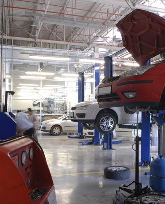 It is possible for you to get the perfect garage services in Warrington. This helps to get the right satisfaction that would not lead to any worry at all.