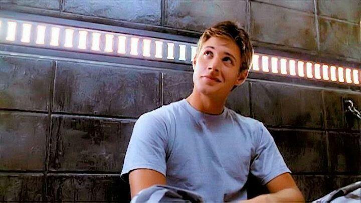 """Jensen Ackles in """"Dark Angel"""""""