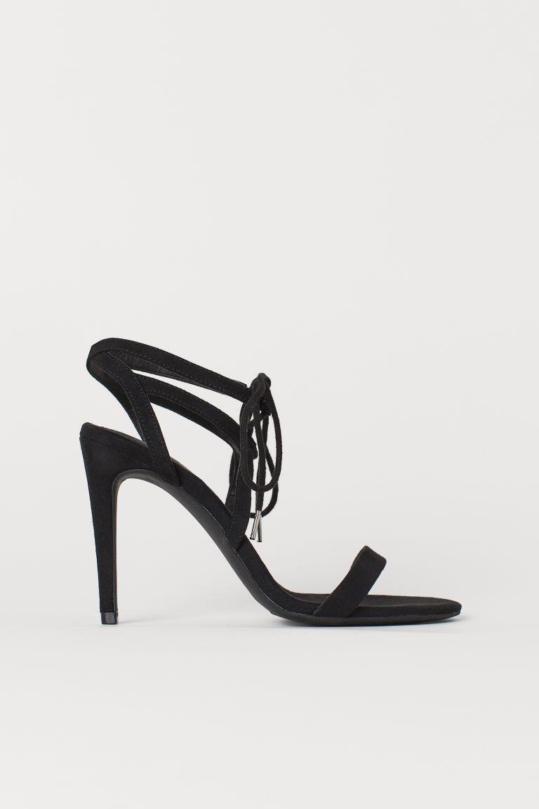Sandales avec laçage | Chaussures, Sandales, Chaussure
