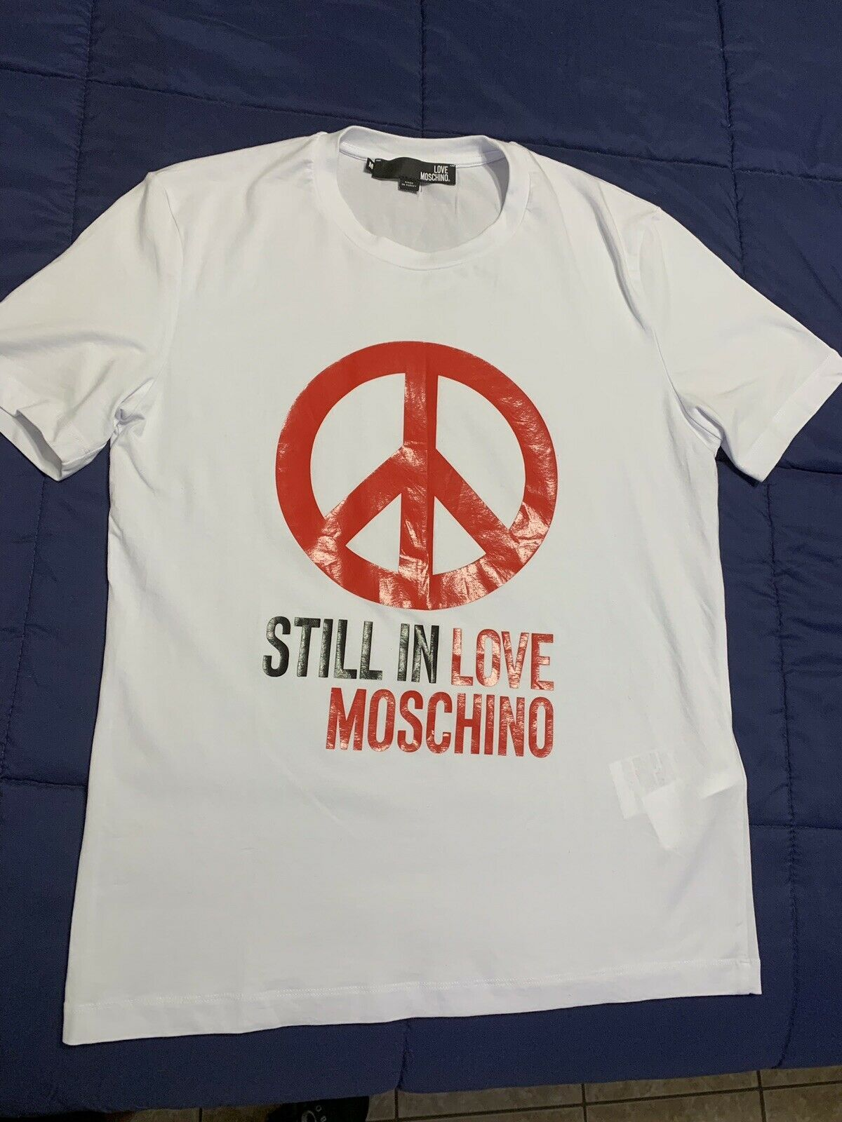 Love Moschino Mens Graphic Peace Slim Fit T Shirt White Size M Moschino Moschino Love Moschino Mens Graphic Peace Slim Fit T Moschino Mens Tops T Shirt