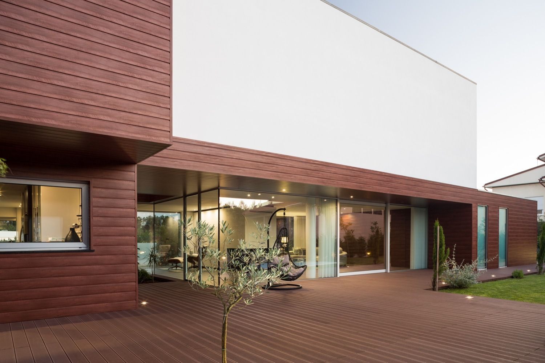Gallery of Deck House FRARI