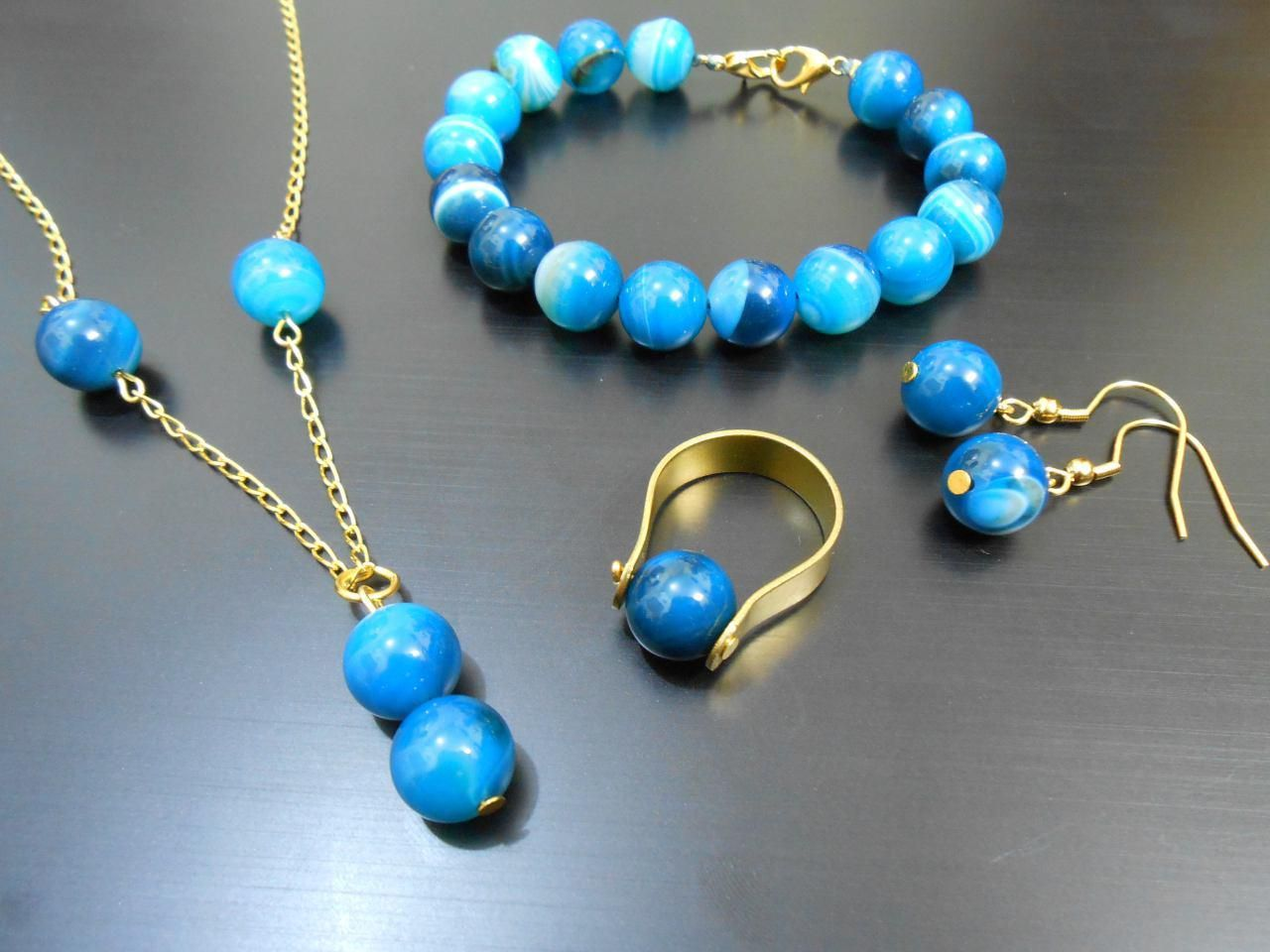 Pin by mahnaz Garmabi on wire jewelry Handicrafts   Pinterest ...