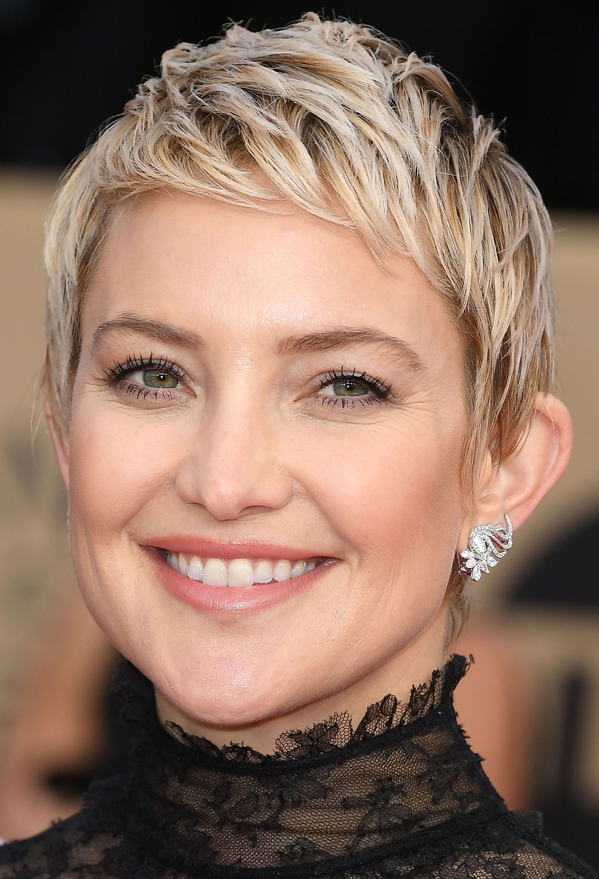 27 Short Haircuts Styles Trends To Try If Youre Due For A Major