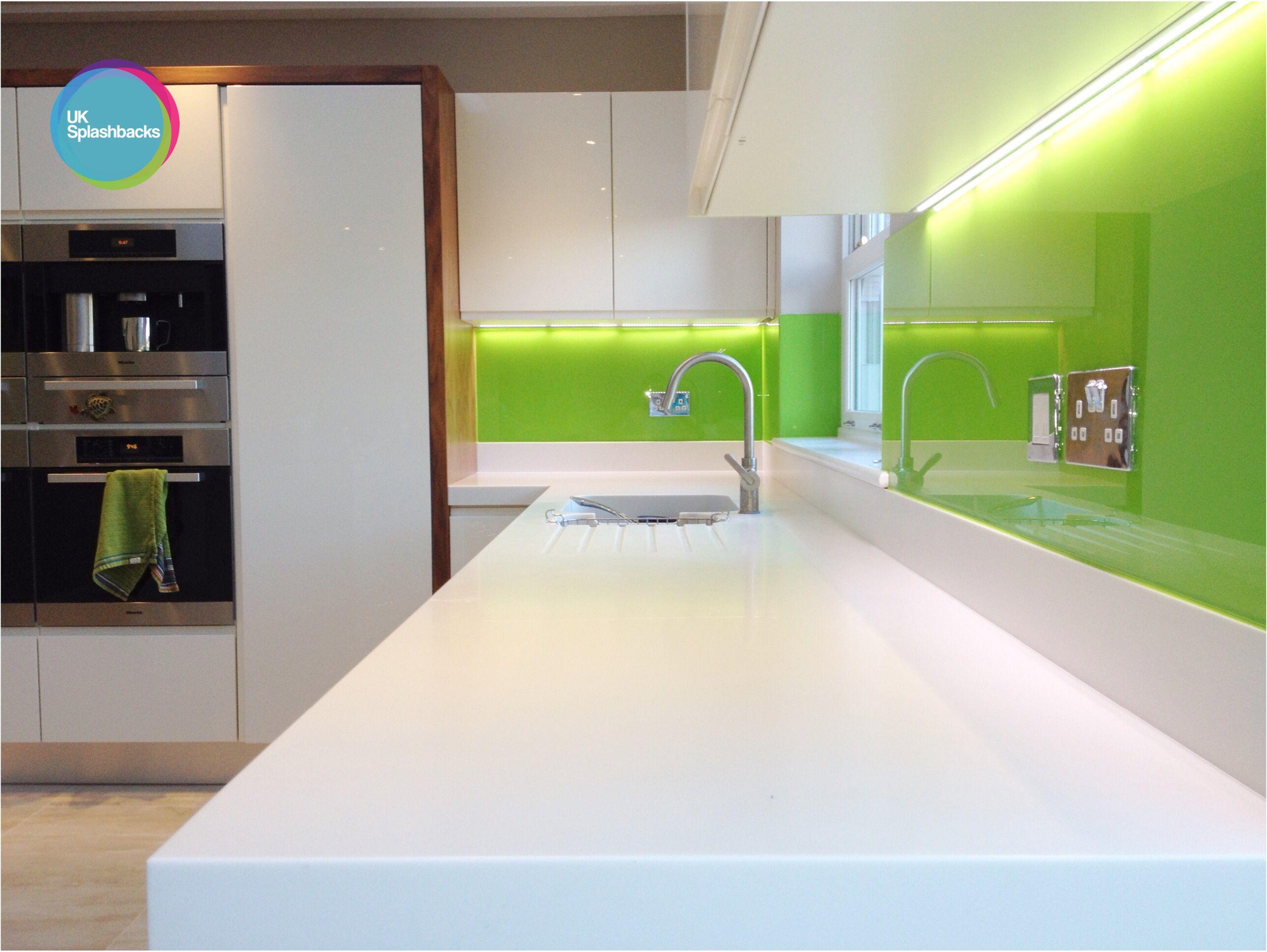 Green glass Splashbacks Glass splashback, Lime green