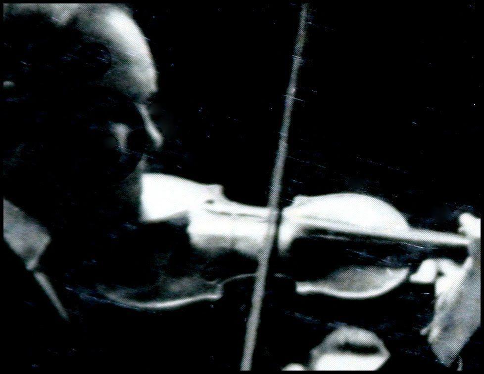 JS Bach / David Oistrakh, 1956: Violin Concerto in E Major, BWV 1042 - E...
